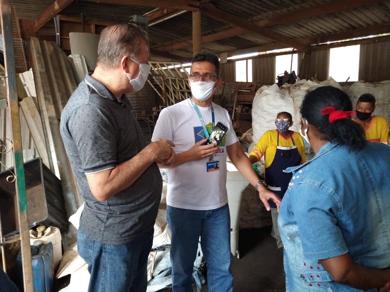 Representantes da Caixa Econômica conhecem gestão de resíduos em Araraquara