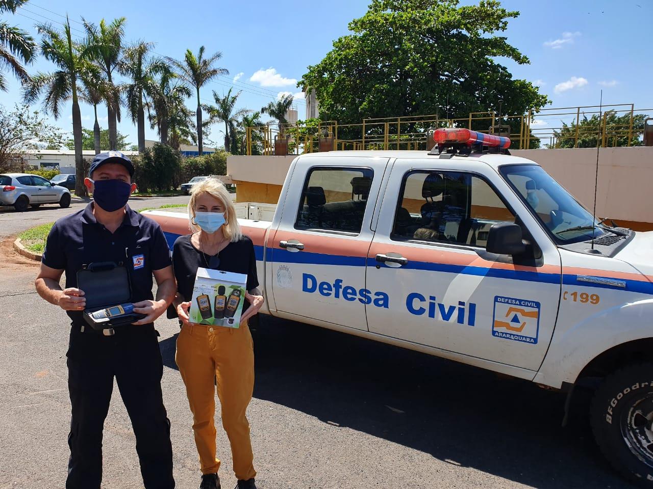 Comdema doa equipamento para observação climática à Defesa Civil