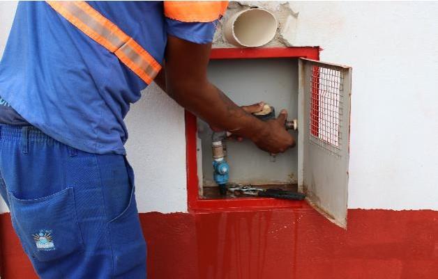 Corte do fornecimento de água por inadimplência será retomado de modo gradativo